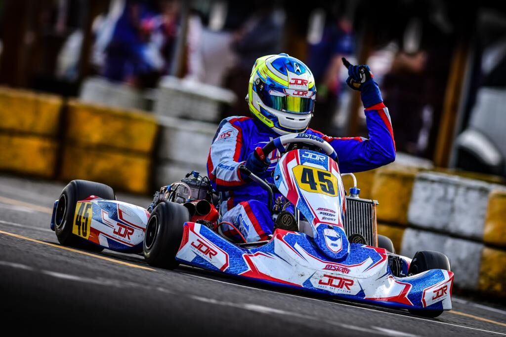 Triple victory for JDR and MS KART